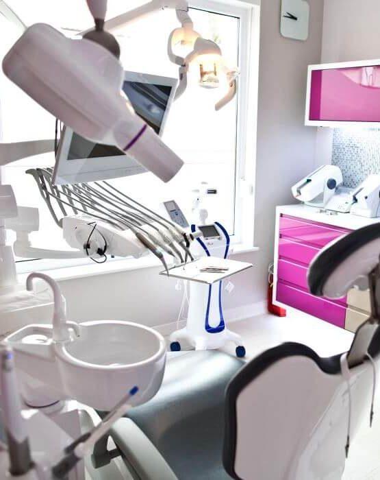 Zahnarzt in Polen für Implantate, Brücken, Kronen, Prothesen