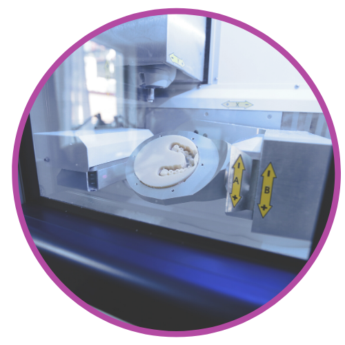 Zahnarztpraxis und Dentallabor mit Cad Cam Verfahren